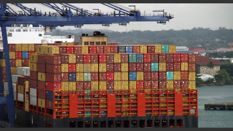 containers_brasil.jpg_541755376